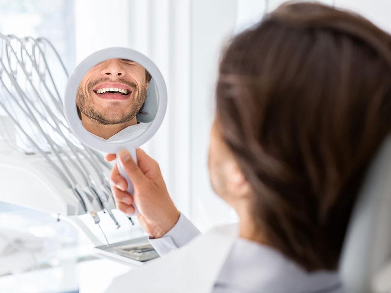 Precio de la limpieza dental en Sevilla